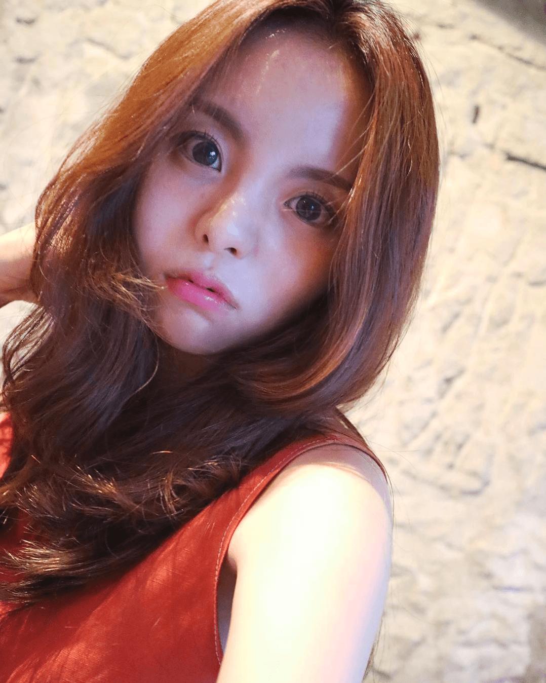 BTS J-Hope's Older Sister Is Drop Dead GORGEOUS