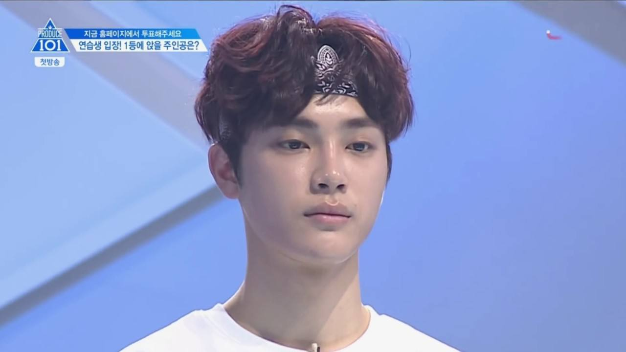 "Everyone is calling Kang Dongho ""Daddy Sexy"" after what he did on Produce 101"