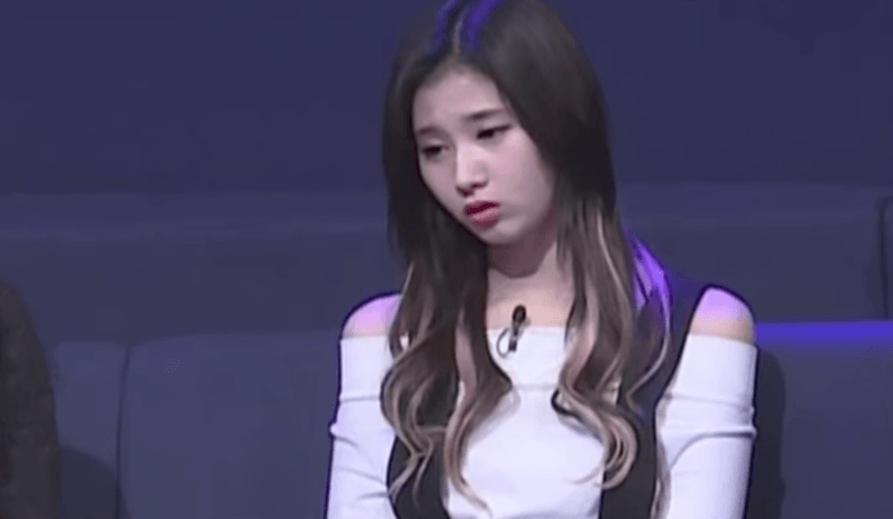TWICE Sana dozes off on stage after not sleeping for 3 days
