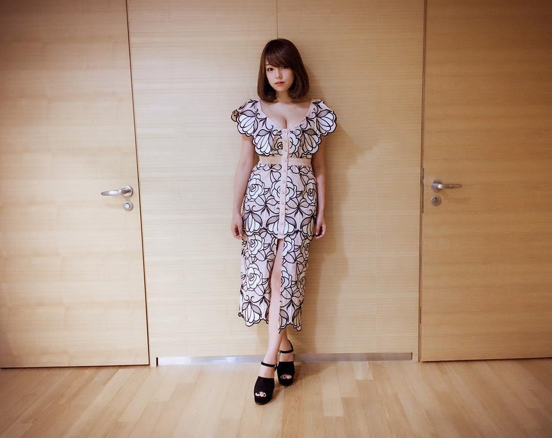 Shinozaki Ai responds to dating rumours with FTISLAND's