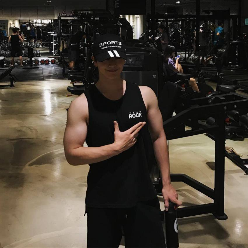 Working Out: BtoB Sungjae's Been Working Out And You Need To See What