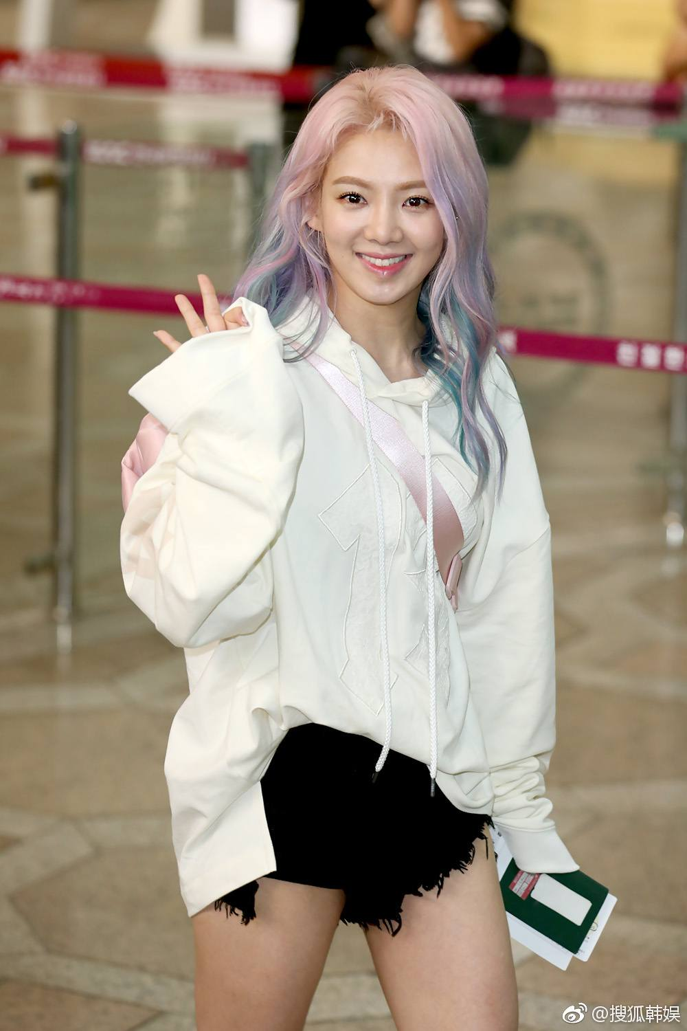 Hyoyeon and Sunny Spotted With Brand New Epic Comeback - Bad Girl Hairstyles