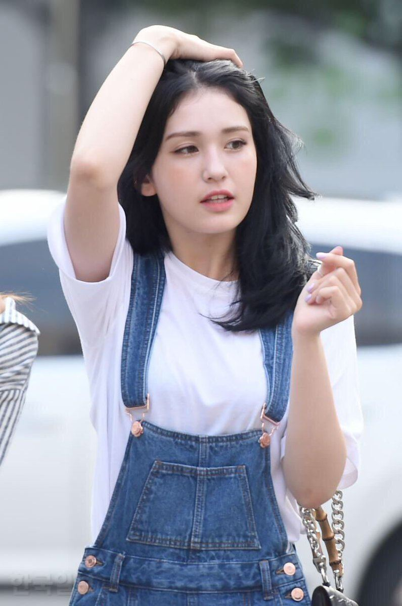 10 Photos Of Somi S Breathtaking New Hairstyle Koreaboo