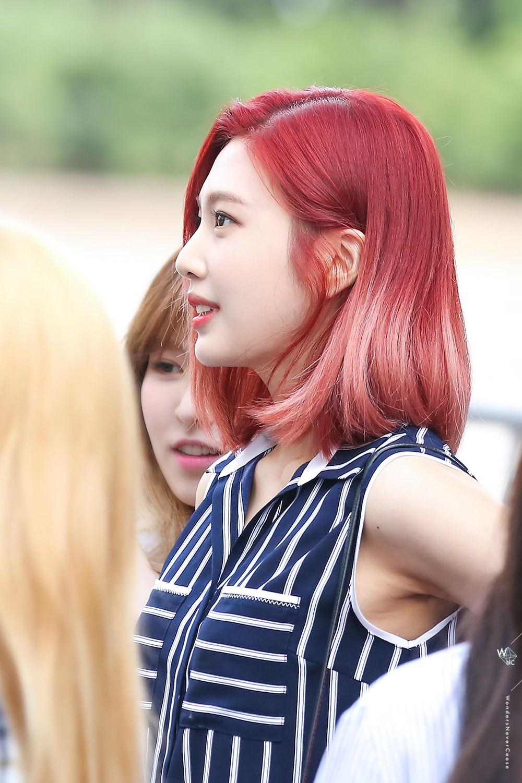 Fans Are Swooning Over Red Velvet S Bold Comeback