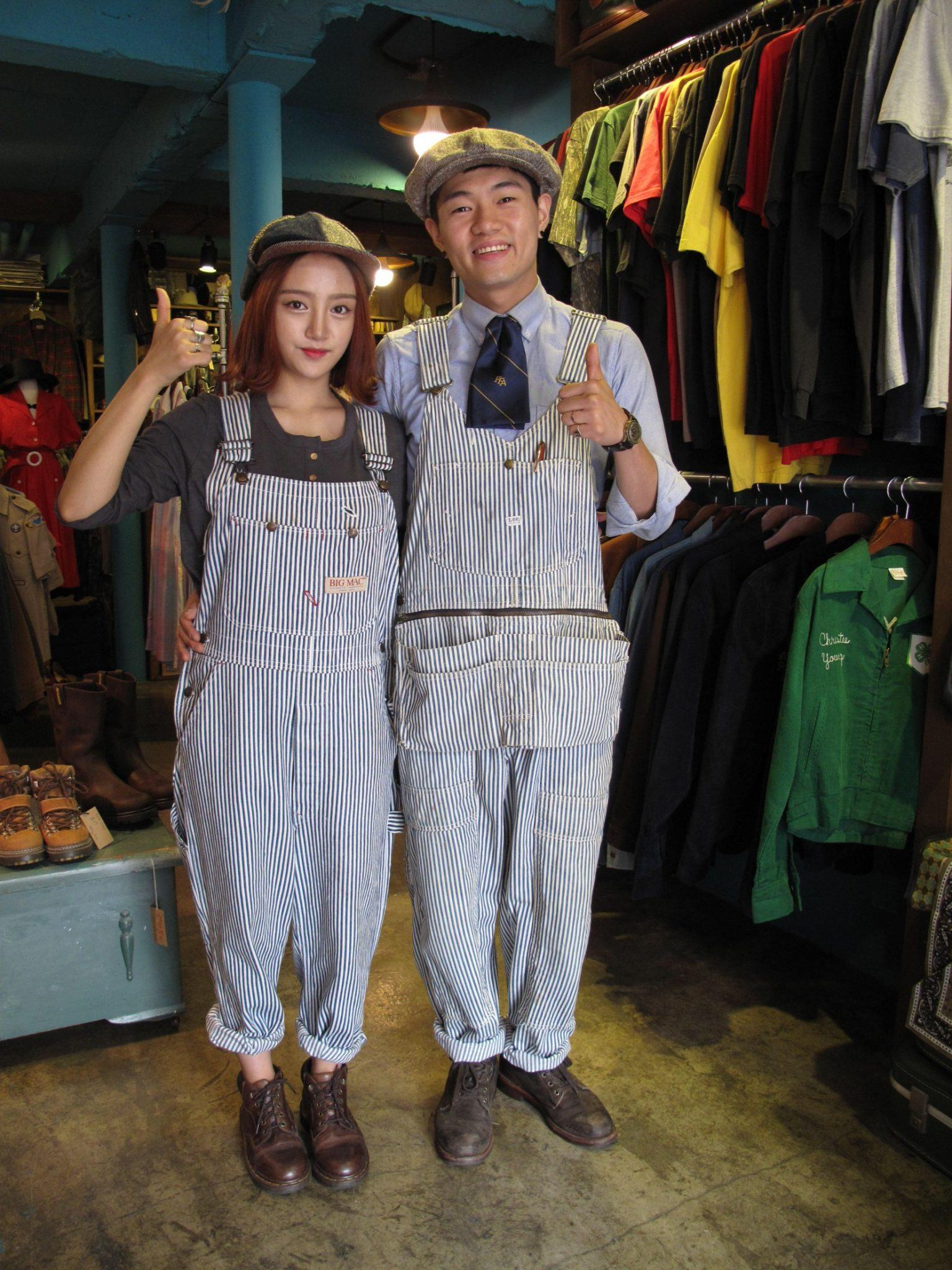 But matching outfits are not just for silently telling others that youu0027re in a relationship; they also bring couples closer.  sc 1 st  Koreaboo & Couples in South Korea Wear Matching Outfits For More Than One ...