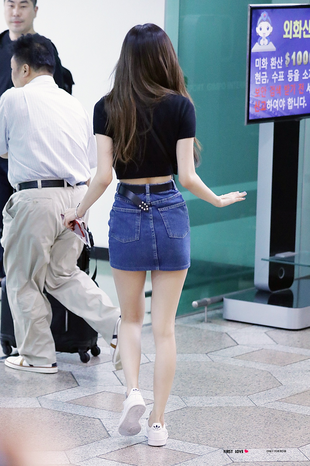 Top 10 Sexiest Outfits Of Blackpink Rose  Koreaboo-9934