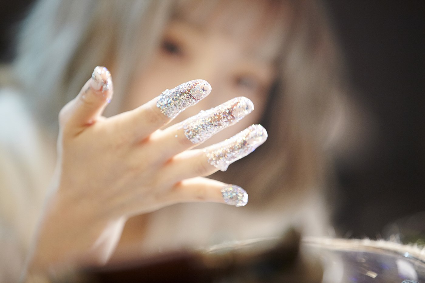 10+ Female Idols With The Most Beautiful Hands - Koreaboo