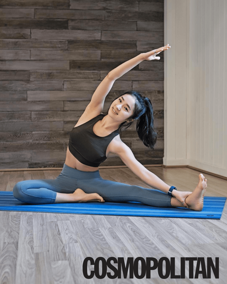 This Yoga Trainer Is Going Viral And Heres 15 Photos
