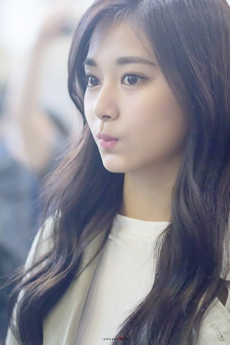 TWICE Tzuyu Is Skinnie...