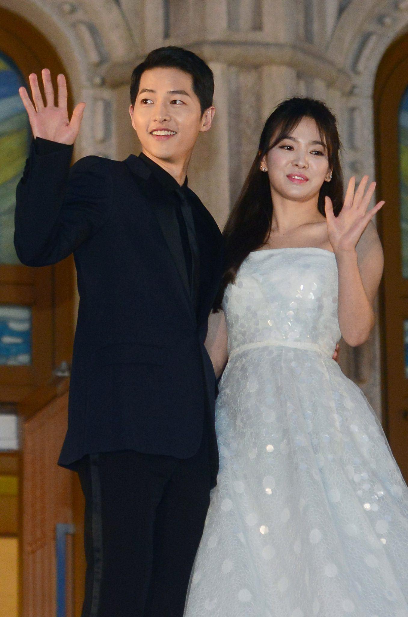 TRENDING] Song Joong Ki And Song Hye Kyo Hold Secret ...