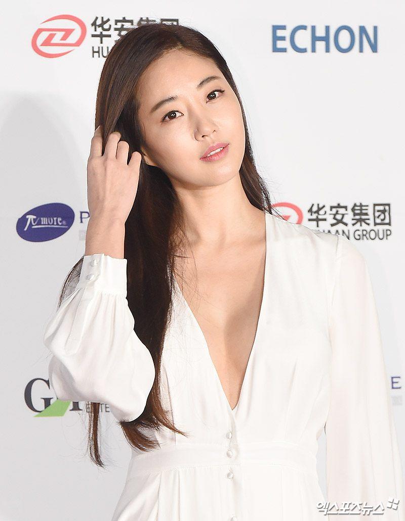 7 quốc bảo nhan sắc xứ Hàn đã tứ tuần vẫn mơn mởn xinh đẹp như gái đôi mươi
