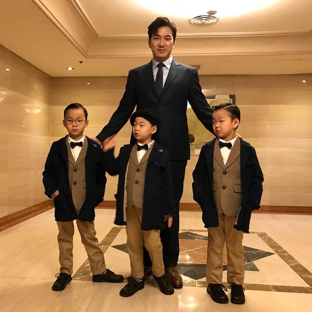 The Song Triplets Make Their First Public Appearance In Years ...